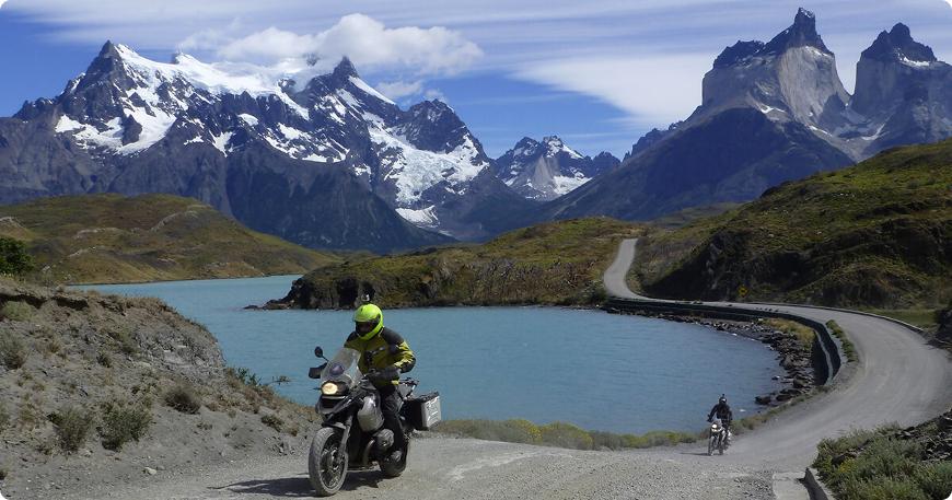 road trip et voyage moto en patagonie en argentine et au au chili