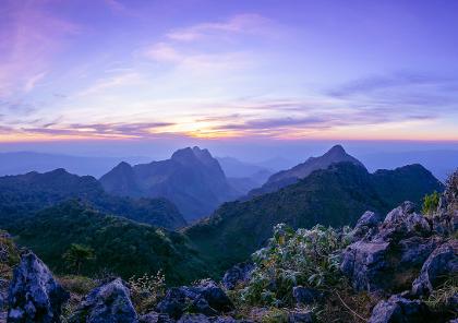 voyage moto en thailande dans les montagnes du nord et à la découverte des temples