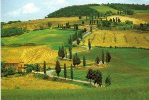A moto à travers la Toscane